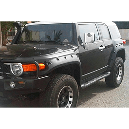 FENDERS FJ CRUISER
