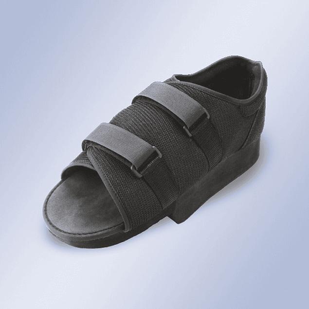 Sapato pós-cirúrgico com tacão