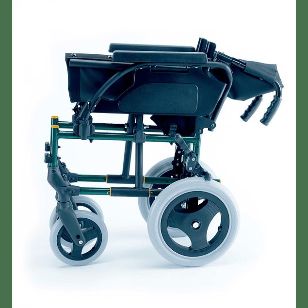 Cadeira de Rodas Breezy Premium com rodas Trânsito