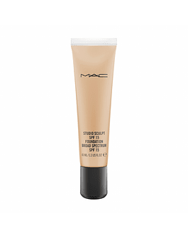 MAC studio sculpt spf 15 foundation  NC40