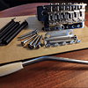 Puente con trémolo estilo vintage para guitarra eléctrica Fender Stratocaster