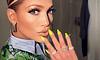La manicure vibrante arrasa Instagram y el verde es un favorito indiscutido