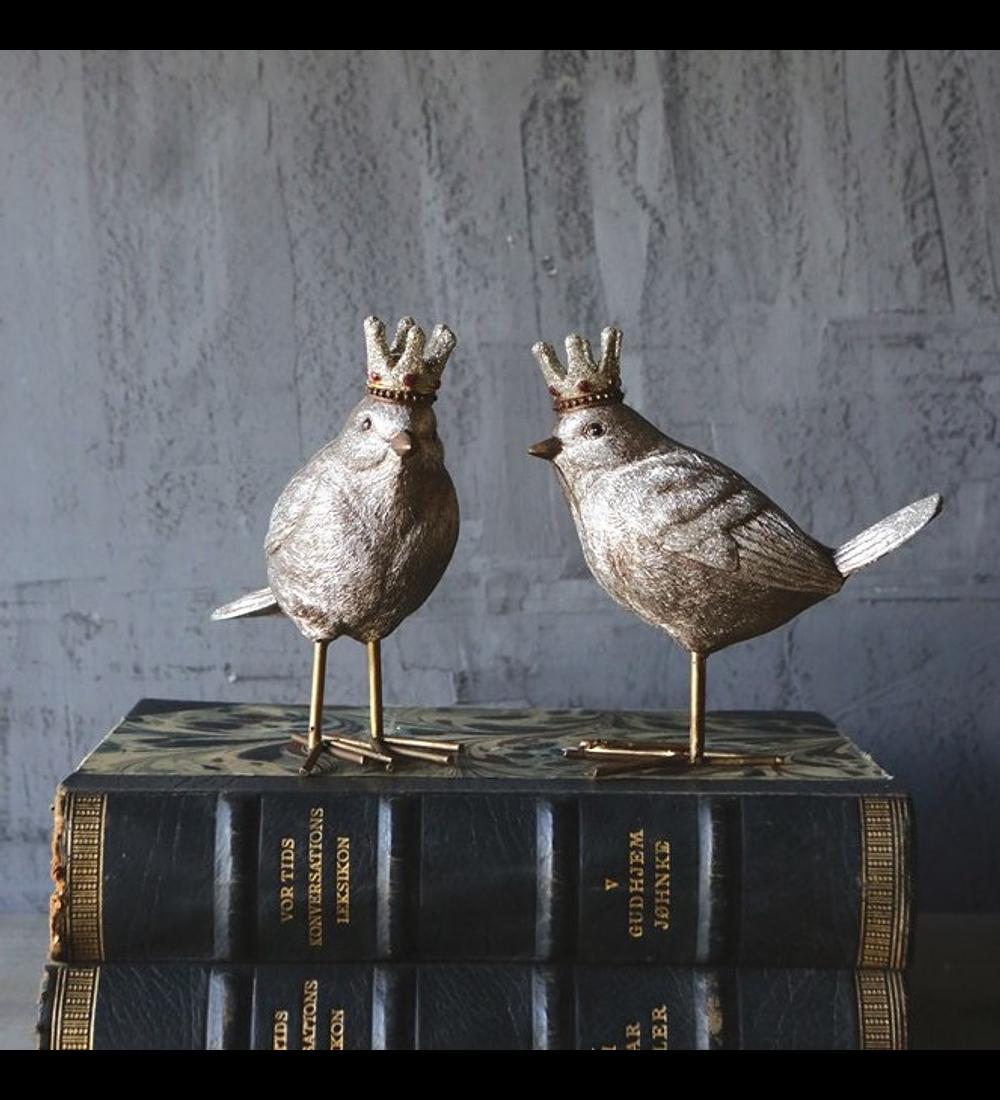 Pájaros con corona