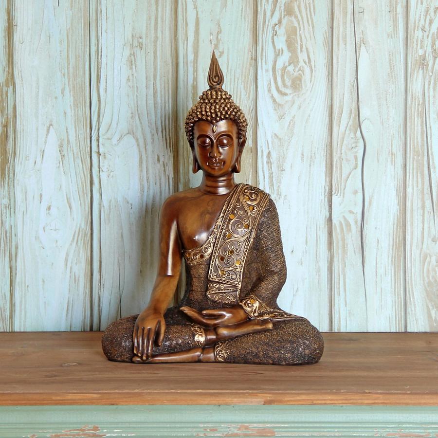 Buda sentado meditando
