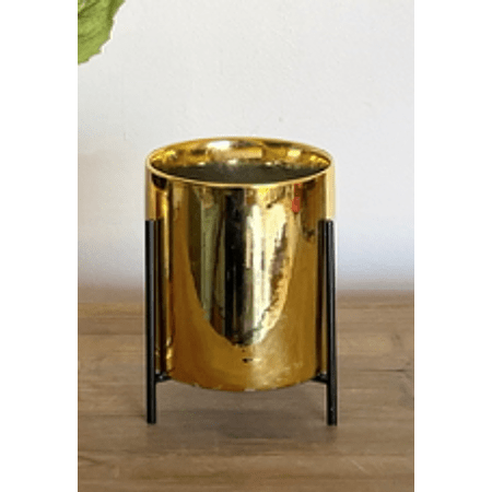 Macetero dorado pedestal