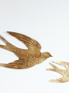 Pájaros metálicos murales