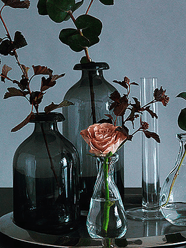 Botellas vidrio grises