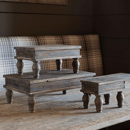 Pedestales madera envejecidos