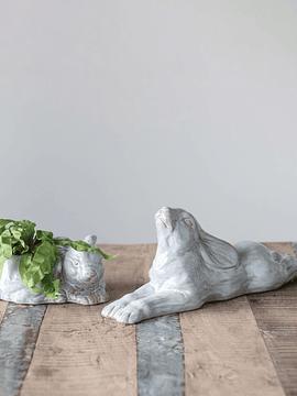 Conejo acostado cerámica