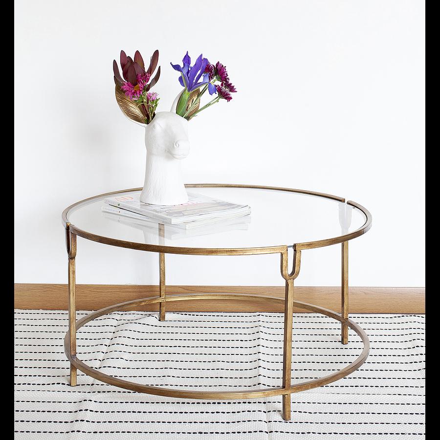 Mesa dorada vidrio