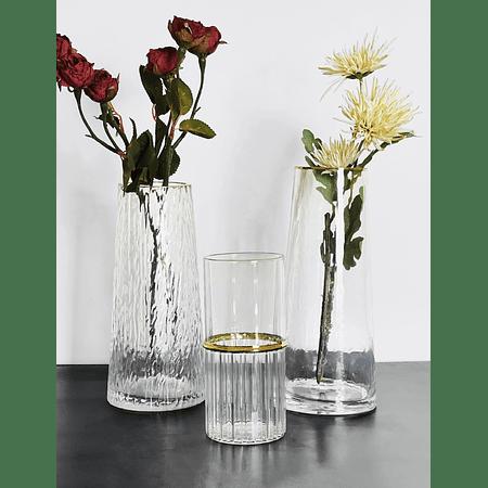 Floreros vidrio detalle dorado