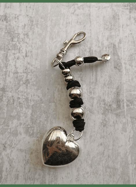 Llavero  corazón liso negro