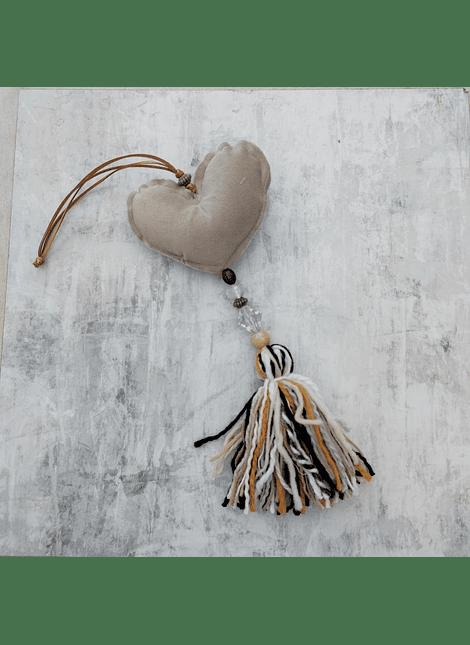 colgante Corazon country felpa beige