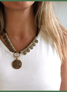 Collar monedas dorado