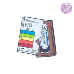 Pin VHS Polaroid