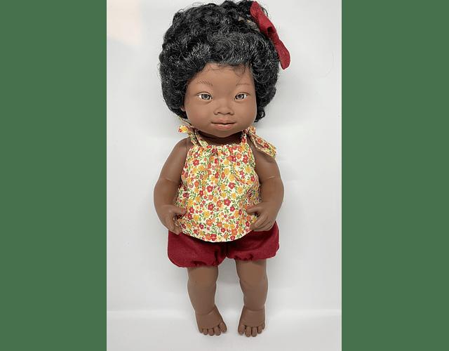 Muñeca Niña Africana con Síndrome de Down 38 cm