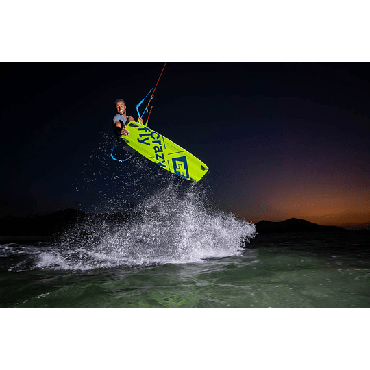 CRAZYFLY Kiteboard Raptor - Image 9