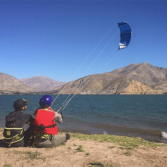 CLASES INDIVIDUALES <br> Kiteboarding / Kitesurf - Image 3