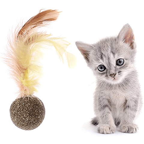 Juguete. Pelotita de catnip con pluma para gato