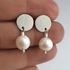 Aro disco de plata y perla o piedra