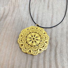 Colgante Mandala en Arcilla Polimérica