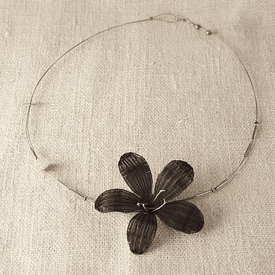 Collar Flor de crin