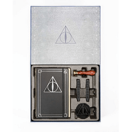 Harry Potter: The Deathly Hallows Deluxe Stationery Set (Set Caja)