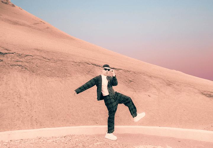 El lado más brillante del amor: Gianluca se atreve al pop en