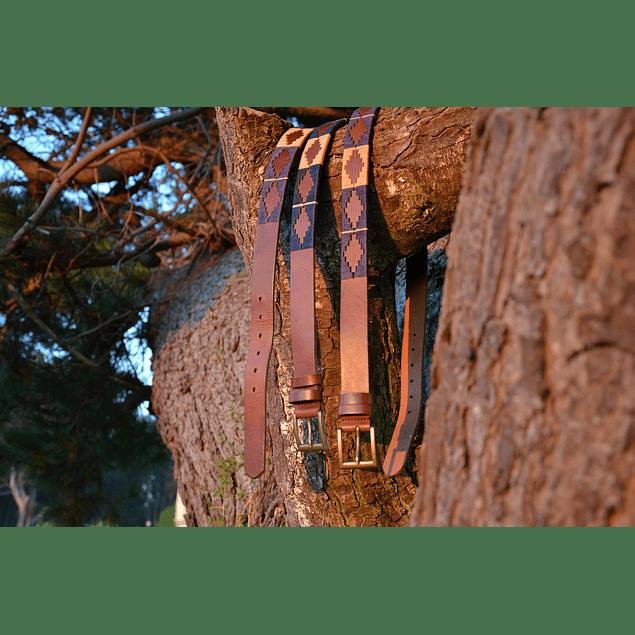Cinturón cuero bordado Pampa Raiquen