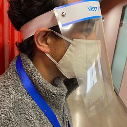 Protector facial con logo