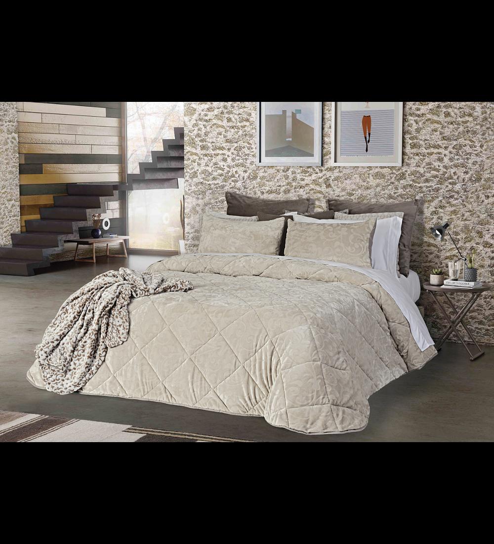 Comforter Carneiro
