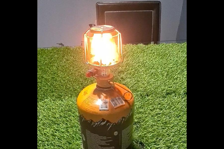 Lámpara a gas portable