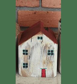 Casita 8x10cm Puerta Roja