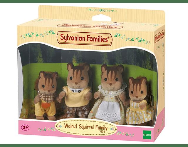 Familia Ardilla de la Nuez