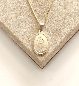 Colar Medalhão Jesus