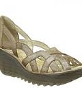 Sapato Recortado em Suede Yadi  - Fly London