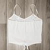 Top Crop Blanco diseño lineal con nudo