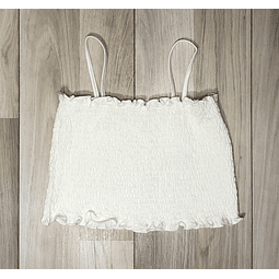 Top Crop Blanco corrugado con tiritas