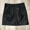 Falda Negra cuero
