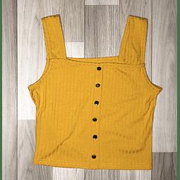 Top Crop Amarilla con botón metalizado