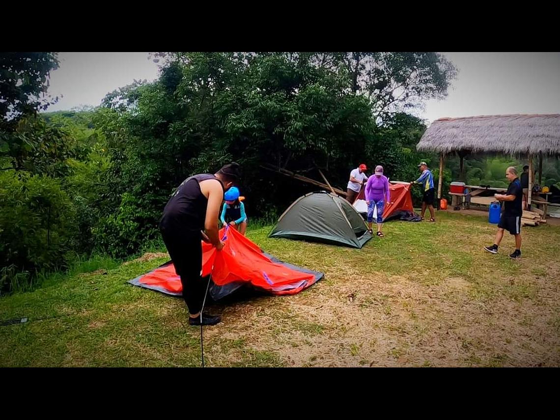 PLAN TRAVESÍA POR EL RÍO LA VIEJA (Canotaje + Campamento)
