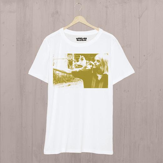 Polera Kurt Cobain con un gatito  35ab34e423ddc