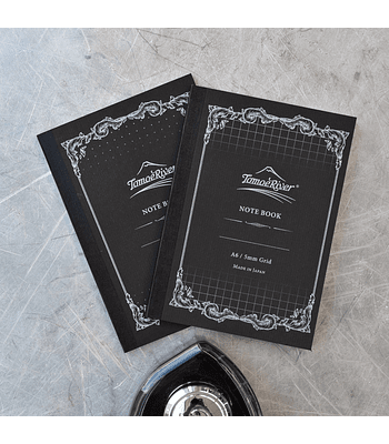 Tomoe River - Cuaderno tapa blanda, 80 h (52 g/m2); A5; Cuadros 5 mm - blanca