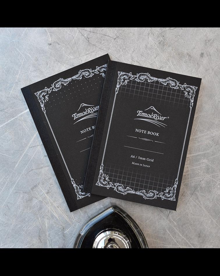 Tomoe River - Cuaderno tapa blanda, 80 h (52 g/m2); A5; Puntos 5 mm - blanca