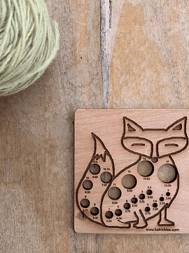 Fox Knitting Needle Gauge | Calibrador de Agulhas de Tricot