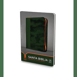 20% Dcto - Biblia NTV, Edición zíper Camuflaje Verde