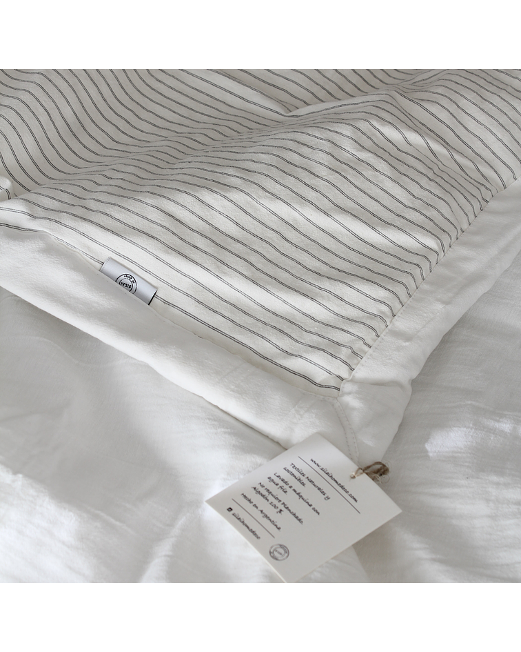 Reversible Off White and Gray Stripes Bedspread