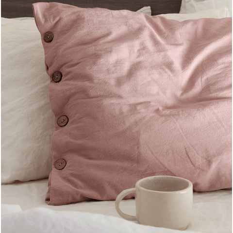 Pillow Case with Buttonhole and Malva Button