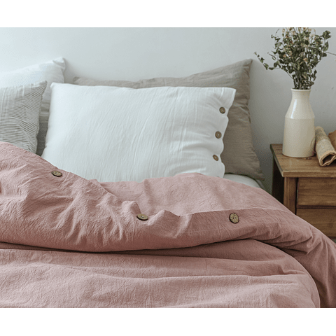 Covers Tussor Malva Quilt with Buttonhole and Button