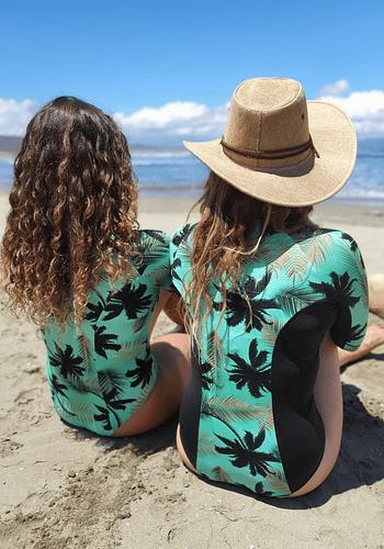 Bodysurf Líneas Laterales Negras Golden Palm